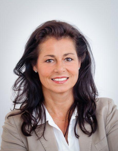 Dr. Celia Oldenbüttel
